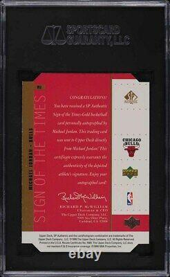1998 SP Authentic Sign Of The Times Die-Cut Michael Jordan AUTO SGC 9.5 MINT+