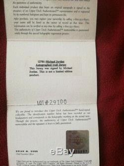 Canotta Michael Jordan jersey autographed UDA game issued pro cut the last dance