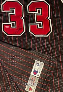 Chicago Bulls Signed NBA 50th Anniv. 96/97 Pro Cut Jersey SCOTTIE PIPPEN UDA