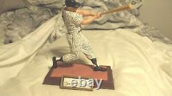 HUGE PRICE CUT1993 signed MICKEY MANTLE Sport Impressions LARGE pristine auto